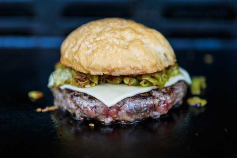 green_chile_cheeseburger_007.jpg